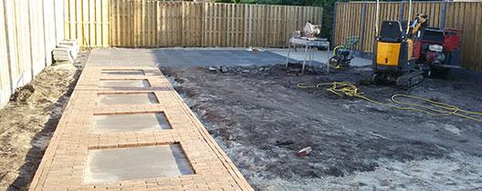 tuinpad aanleggen grind